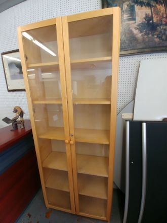 WOOD BOOKCASE WITH GLASS DOORS - LOCKING