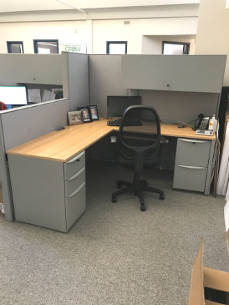 HAWORTH PREMISE WORKSTATIONS - LIKE NEW