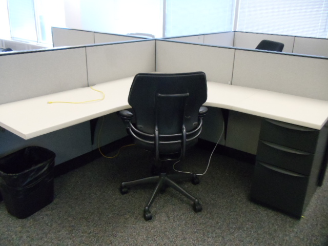 panel workstations workstations modular used office desk suite kitchener waterloo used office furniture