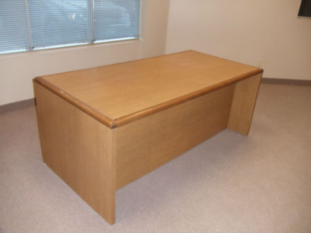 72 x 36 laminate desk with wood edge