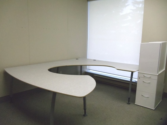 Watson Line of desk / tables private office