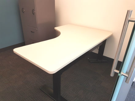 Steelcase Height Adjustable tables Series 7