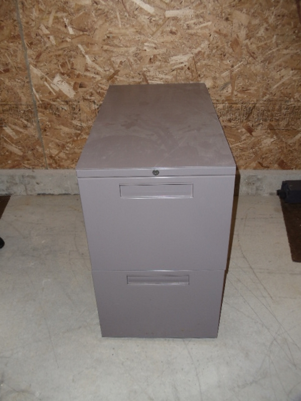 Herman Miller Pedestal - 2 file drawers