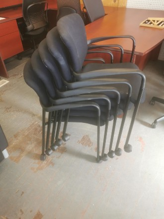 NESTING STYLE BLACK CHAIRS WITH CASTERS